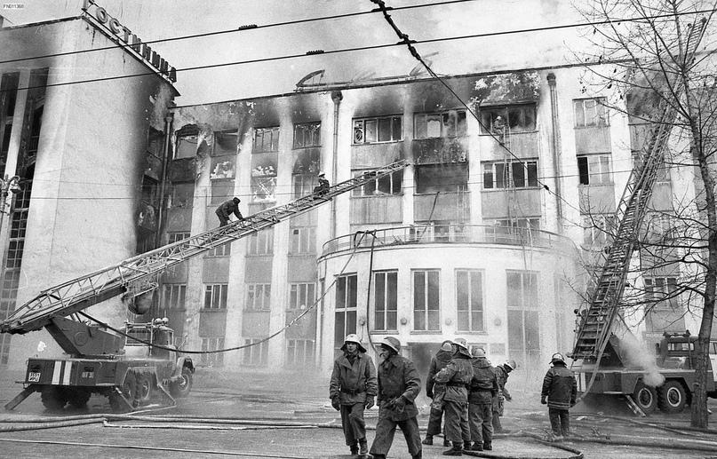 """Пожар в гостинице """"Сибирь"""". Фотоподборка (до и после), изображение №5"""