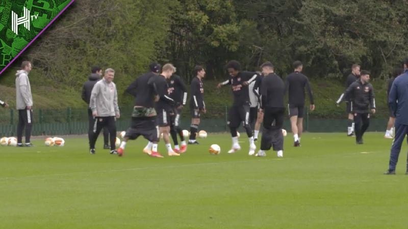 Auba caught with his pants down as Arsenal prepare for Villarreal Villarreal v Arsenal Training