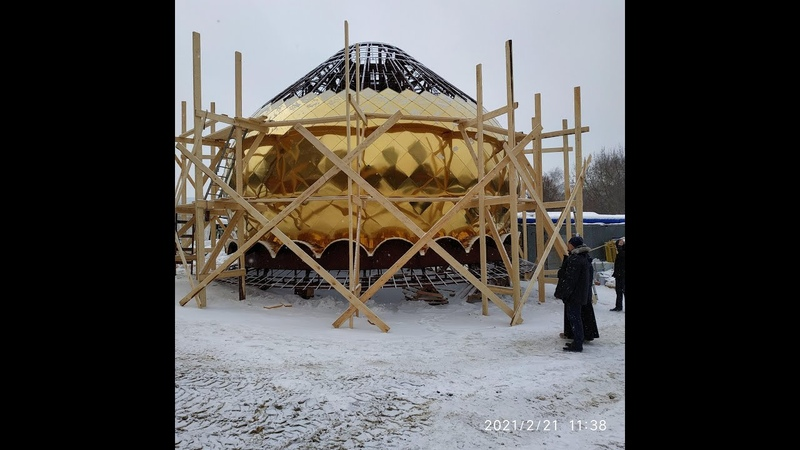 В новом ростокинском храме уже золотят купола!