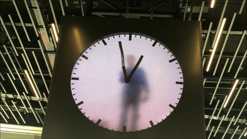 Art Real Time by Maarten Baas at Schiphol Airport