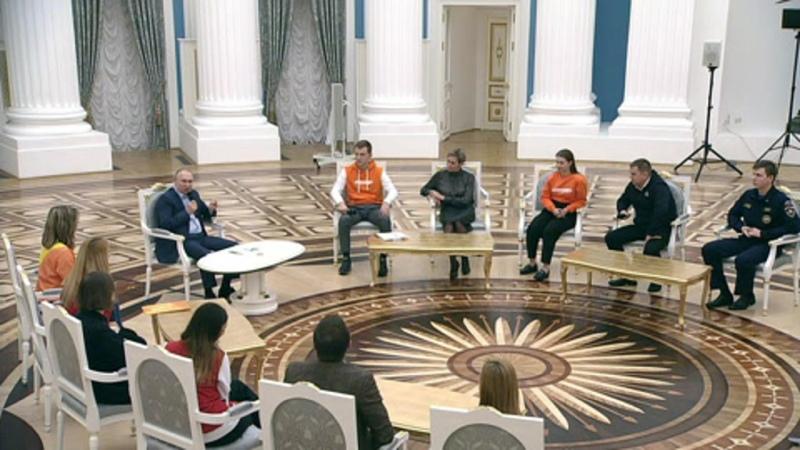Раздавить не жалко Путин порассуждал об уродах и букашках