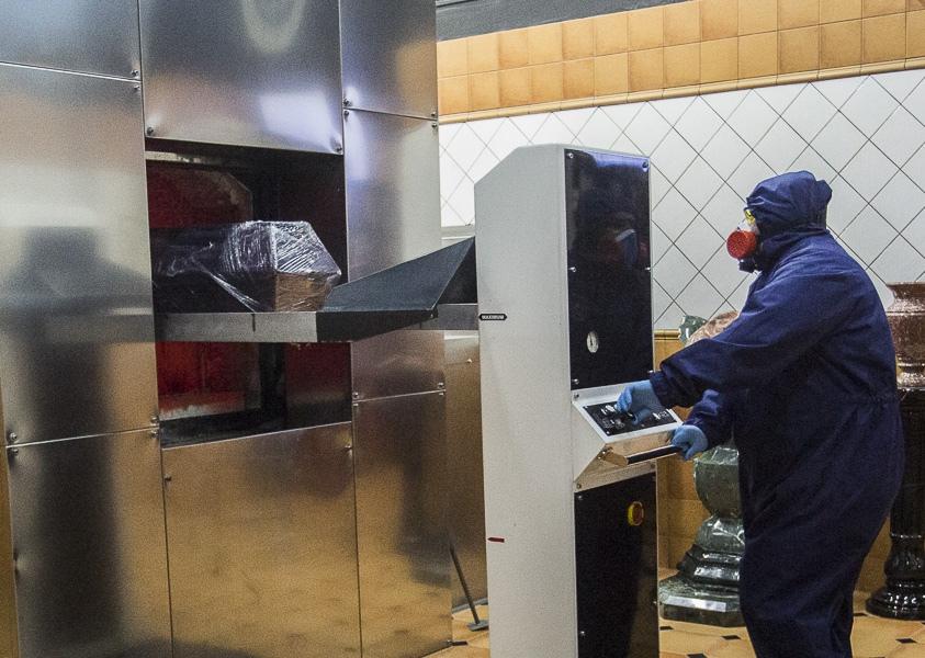 фото Чрезвычайные меры предосторожности: как происходит кремирование тел заражённых коронавирусом – эксклюзив Сиб.фм 8