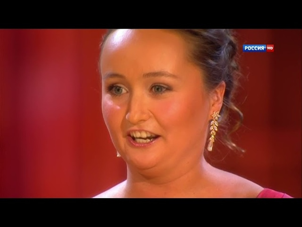 Julia Lezhneva sings the Rossinian Chromatic Ladder Coloratura with Full Support and Agility