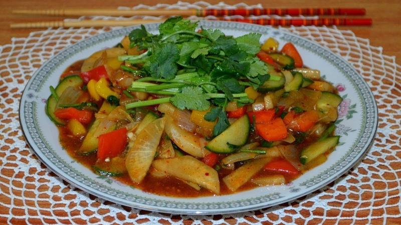 Жареные овощи в кисло сладком соусе 炒糖醋蔬菜 Chǎo táng cù shūcài Китайская кухня с Оксаной Валерьевной