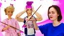 Смешное видео - Кукла Барби и Кен делают ремонт! – Видео шоу с Barbie. Ролевые игры для девочек